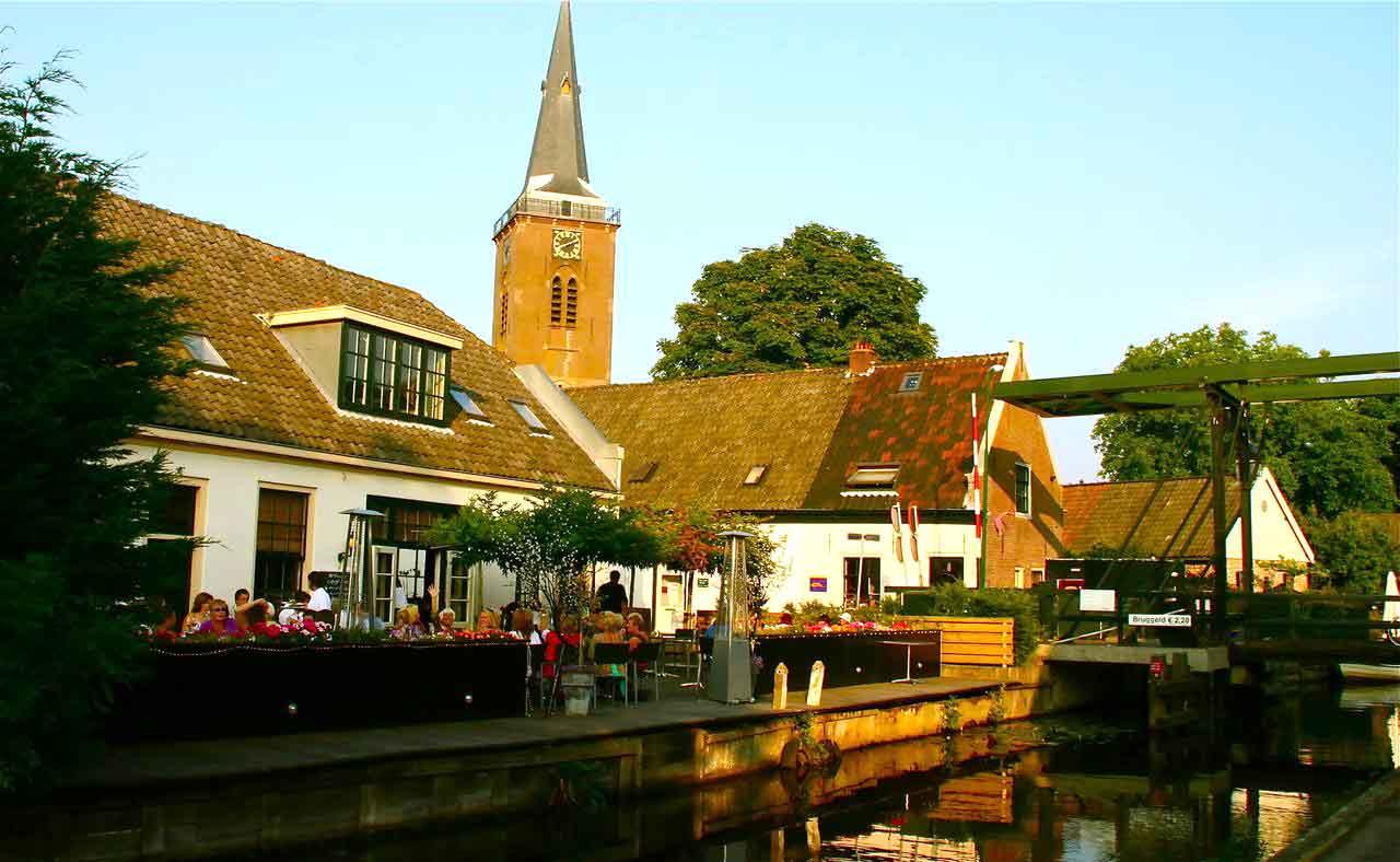 Hotels in Amsterdam mit günstigen und kostenlosen Parkplätzen